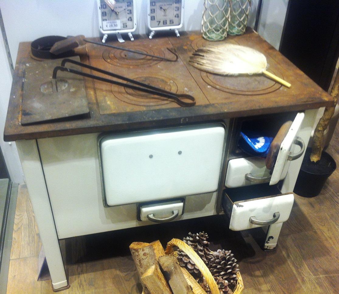 Cucina bianca anni \'40 - germania - Modernariato
